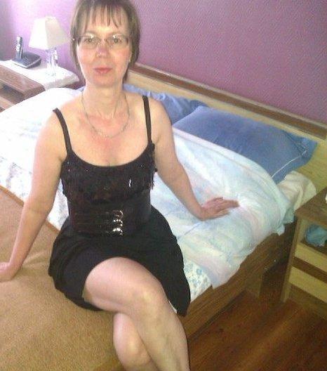 aureilla cherche aventure agde 47 ans femme adult re agde extra conjugale agde pour. Black Bedroom Furniture Sets. Home Design Ideas