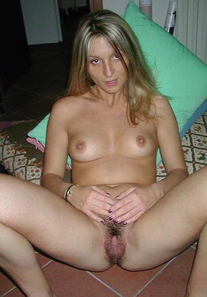 slut wife gets cum bath