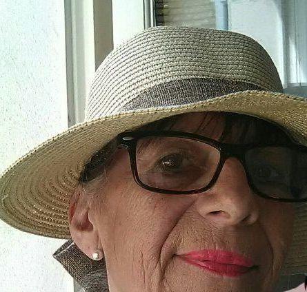 grand m res en chaleur vernouillet avec soltera 66 ans sexe avec une vieille en chaleur. Black Bedroom Furniture Sets. Home Design Ideas