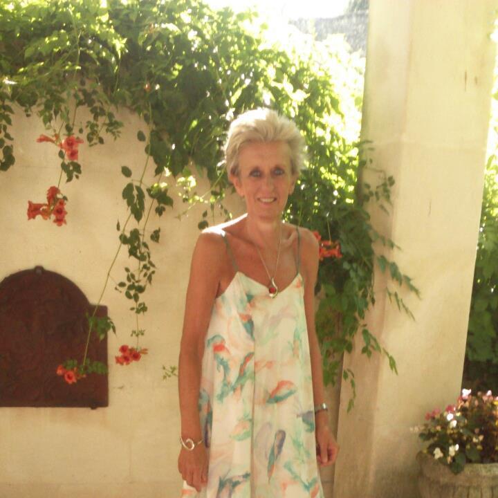 Sylvia Lance Son Annonce Cougar Sur Boulogne-sur-Mer, Avis Aux Jeunes..