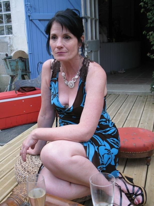 grand m res en chaleur tonnay charente avec elisa17 55 ans sexe avec une vieille en chaleur. Black Bedroom Furniture Sets. Home Design Ideas