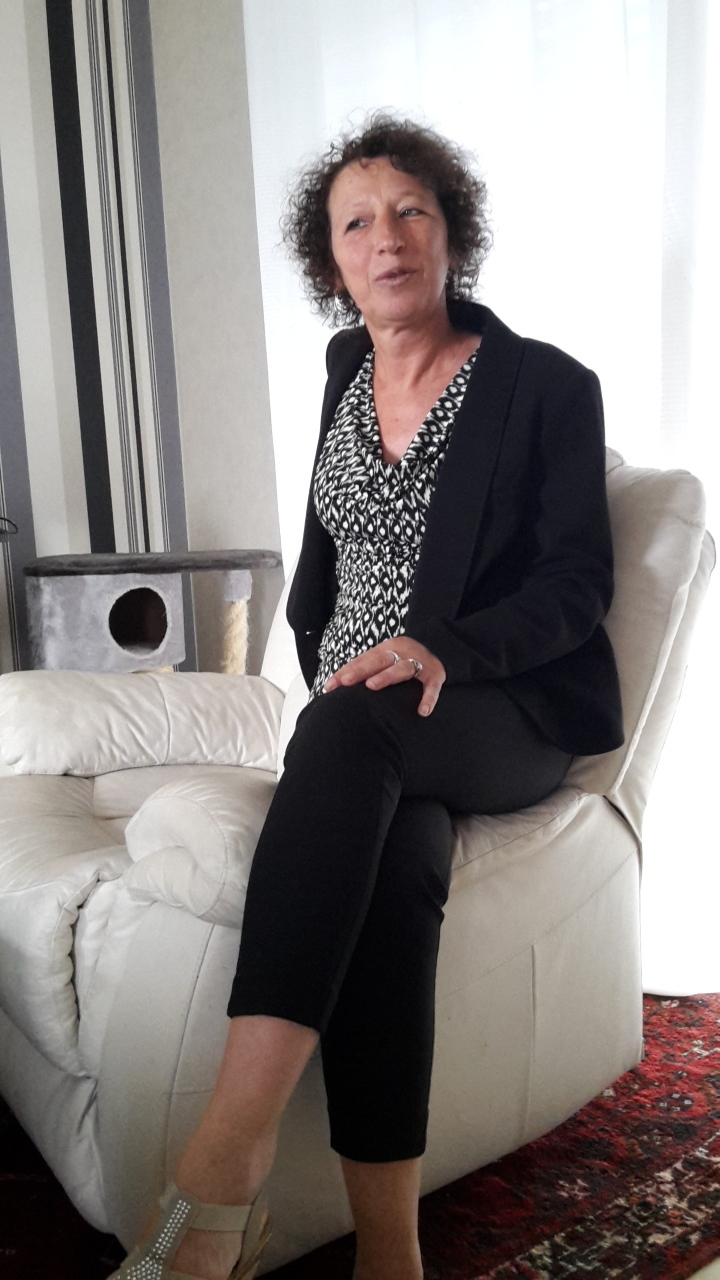 grand m res en chaleur dinard avec anitalerch 52 ans sexe avec une vieille en chaleur. Black Bedroom Furniture Sets. Home Design Ideas