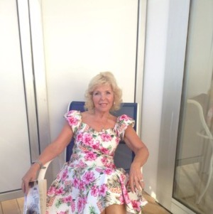 Bolton Granny Sex Date. Magical_Mags, 71, in Bolton for