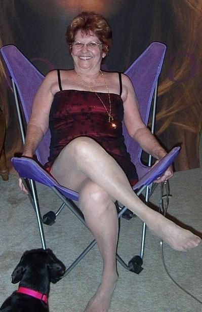 Leeds Granny Sex Date. Fire_flame65, 68, in Leeds for