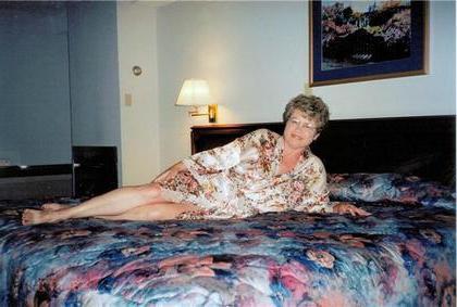 Granny sex date