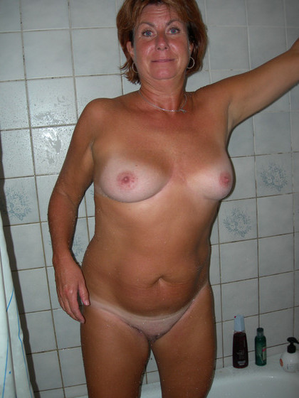 Milf anal women