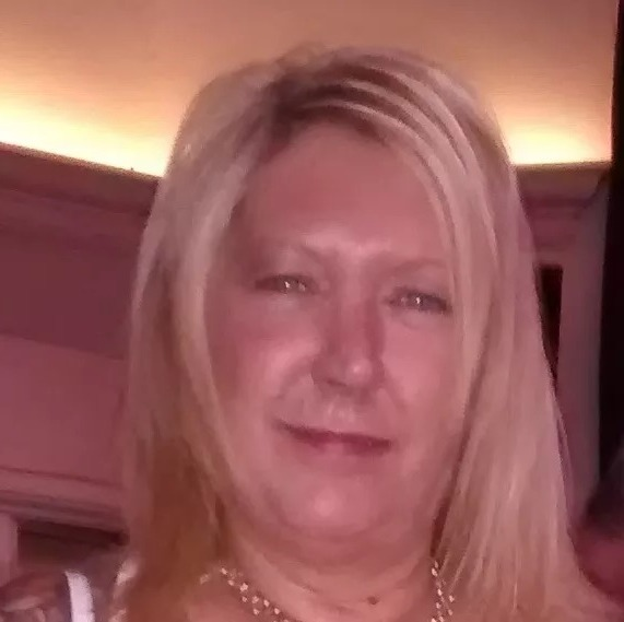 nottingham mature singles Mature uk dating for those in or around nottingham, find other singles near you.