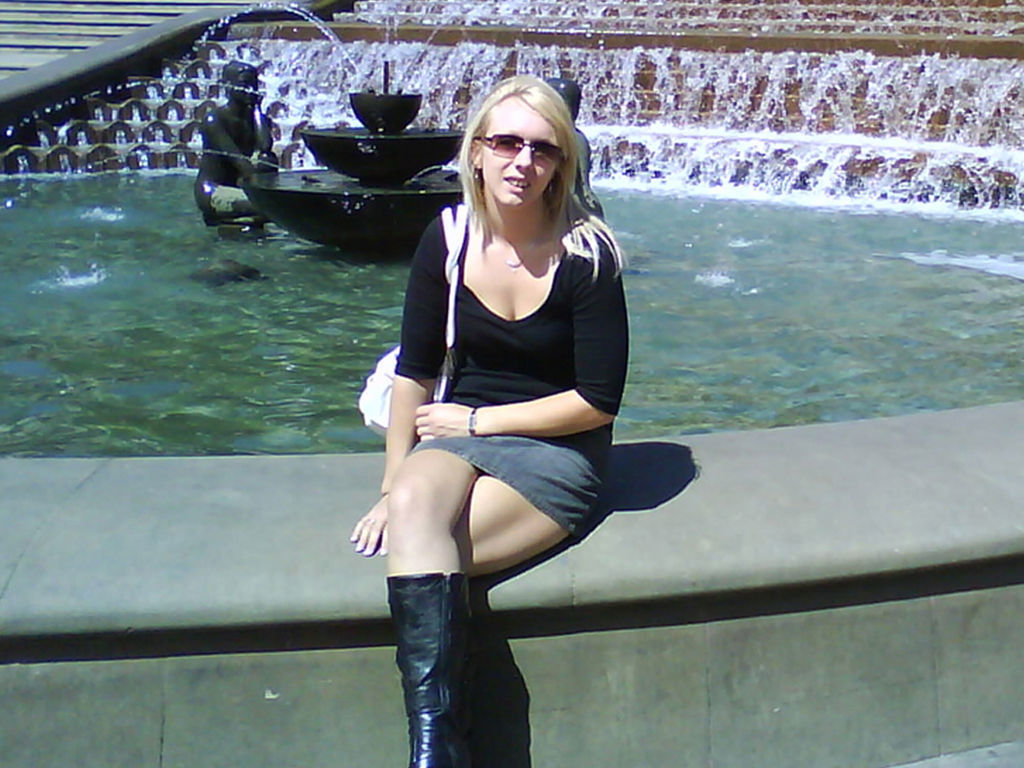 escorts and babes casual meets